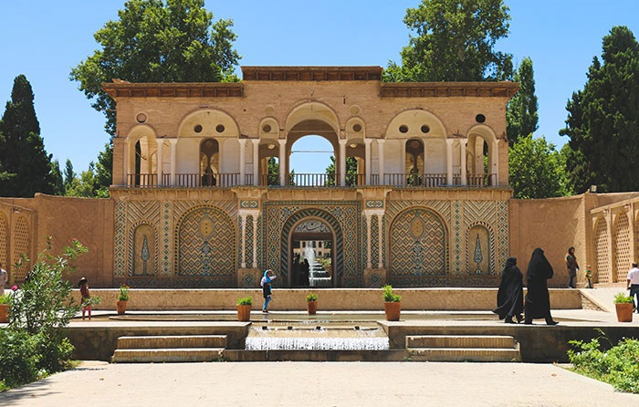 Top 5 places to visit in Kerman - Shahzadeh Garden