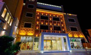 Top 5 hotels in Shiraz - Zandiyeh Hotel