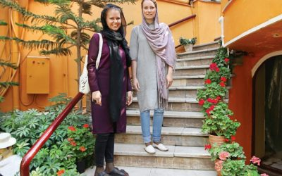 Proper dress code for a tourist in Iran